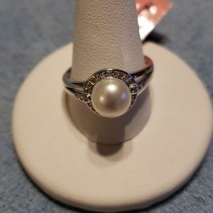 Jewelry - Cultured White Pearl Sterling Silver Ring